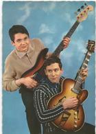 Jeunes  Avec Guitares - Hommes