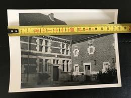PHOTO SURFOSSÉ RETINNE FLERON IMMEUBLE NON IDENTIFIE 1952 - Vieux Papiers