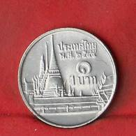 THAILAND 1 BAHT 2002-2545 -    KM# 183 - (Nº27848) - Thaïlande