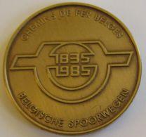 M02066 CHEMINS DE FER BELGES - BELGISCHE SPOORWEGEN - 1835 - 1985  (14g) Vue D'un Train - Professionnels / De Société