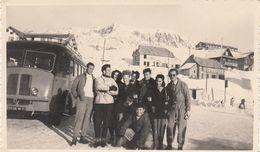 Photo - Autobus à Identifier - PHOTO Prise à L'Alpe D'Huez En 1946 - Automobiles
