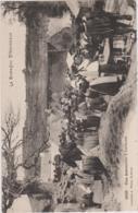 Une Assemblée à Lochrist - FETE, BUVETTE, CIDRE, ETHNOGRAPHIE - CPA TBon Etat (voir Scan) - Unclassified