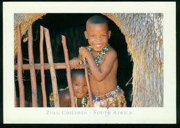 AKx Menschen   Südafrika, Zulu Kinder In Strohhütte - Abbildungen