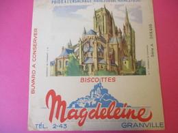 Buvard/Biscottes/MAGDELEINE/Monuments N°7/ Cathédrale De COUTANCE/370 Gr/GRANVILLE/Manche/NORMANDIE/Vers 1940-60  BUV406 - Zwieback