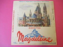 Buvard/Biscottes/MAGDELEINE/Monuments N°9/CAEN Abbaye Aux Moines/370 Gr/GRANVILLE/Manche/NORMANDIE/Vers 1940-60  BUV407 - Zwieback