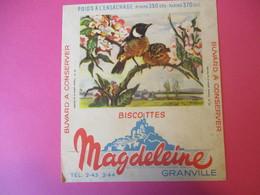 Buvard/Biscottes/MAGDELEINE/Passereaux N°13/Traquet Pâtre Et Femelle/GRANVILLE/Manche/NORMANDIE/Vers 1940-60  BUV413 - Zwieback