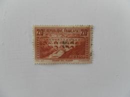 FRANCE  YT 262 PONT DU GARD (IIB) Perforé J&C Rare - France