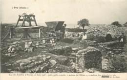 VUE DES FOUILLES D'ALESIA PUITS GALLO ROMAIN MAISON DU SILENE - France