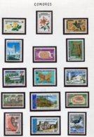 11403  COMORES  Collection Vendue Par Page   N° 105/29 + 130/2 **  1975-76  TB/TTB - Comores (1975-...)