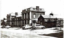 FOSSES-LA VILLE.  Ecole Moyenne  Carte Photo...comme Les Suivantes. - Fosses-la-Ville
