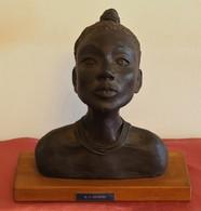 BUSTO MUJER AFRICANA De MARÍA AZUCENA ABANSÉS CELAYA - Sculptures