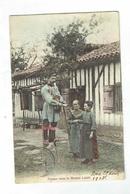CPA Métier - Facteur Dans La Grande Lande - 1905 Colorisée - Echasses - Marchands Ambulants