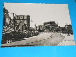 17 ) Royan Bombardée : N° 6 - Grand Format : Après L'occupation : Rue De La Répubique  : Année 1945 - EDIT: Gilbert - Royan