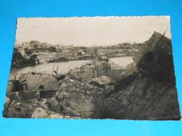17 ) Royan Bombardée : N° 5 - Grand Format : Ce Qui Reste Du Port  : Année 1945 - EDIT: Paris édition - Royan