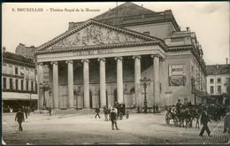 BRUXELLES :   Théatre Royal De La Monnaie - Places, Squares