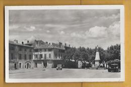 C.P.A. Saint-Maximin - La Sainte-Baume - Place Malherbe - Saint-Maximin-la-Sainte-Baume