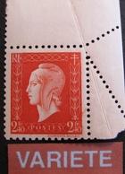 R1949/7 - 1945 - MARIANNE De DULAC N°693 NEUF** CdF - VARIETE ➤➤➤ Piquage Oblique Par Pliage (RARE) - Variétés Et Curiosités