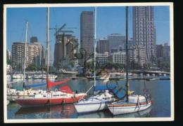 Suid-Afrika - Durban - Jaghawe Met Die Stadsgeboue [AA36 2.740 - Afrique Du Sud
