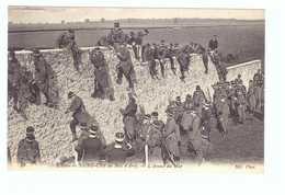 78 Ecole De Saint Cyr Cpa Carte Animée Soldat Militaire Edit ND N°40 Assaut Du Mur - St. Cyr L'Ecole