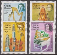 Musique - GUINEE BISSAU - Bellini, Harpe, Viole, Shumann, Piano, Chérubini, Violon, Pergolese, Clavecin - 1985 - Guinée-Bissau