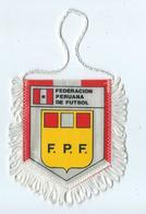 Fanion Football Feracion Peruana De Futbol - Habillement, Souvenirs & Autres