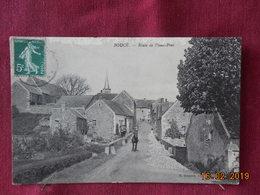 CPA - Boucé - Route De Vieux-Pont - France