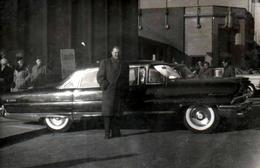 Photo Originale Exposition En Plein Air De La Lincoln Première En 1956 - (1956-60) - Automobiles