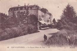(06) CAP D' ANTIBES . Le Grand Hôtel Du Cap - Autres Communes