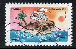 2015 BONNES VACANCES: Valeur Faciale 0,68 € Timbre Usagee De FRANCE, Vacances Sur Une île Déserte, Avec PALMIER, Drapeau - France
