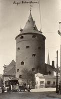 CARTE PHOTO ALLEMANDE DE RIGA EN LETTONIE - TOUR DE PULVER - TRAMWAY - BALTIQUE - GUERRE 1914 1918 - 1914-18