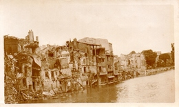 PHOTO FRANÇAISE - MAISONS BOMBARDÉES EN BORD DE MEUSE A VERDUN - GUERRE 1914 1918 - 1914-18