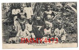 CPA - Mission Des P. P. Du Saint Esprit 1933 Une Chrétienté Naissante - Phot. J. Bienaimé  - Scans Recto-Verso - Cartes Postales