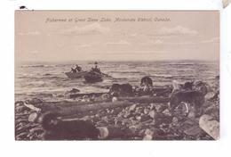 Fishermen At GREAT SLAVE LAKE Dogs Chiens  MacKenzie District Canada Indiens Natives - Territoires Du Nord-Ouest