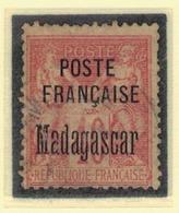 MADAGASCAR            N°  YVERT      18          OBLITERE       ( O   3/43  ) - Madagascar (1889-1960)