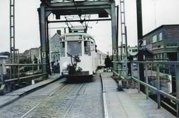"""Schoten  Brug Villerslei  Laatste Tram 1968  Foto  """"Boerentram"""" - Schoten"""
