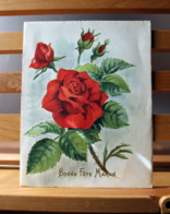 Piece Sur Le Theme De Bonne Fete Maman - Bouquet De 4 Roses Rouges - Fête Des Mères