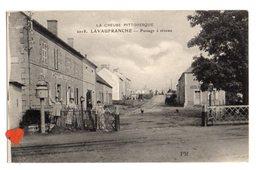 34687-ZE-23-LA CREUSE PITTORESQUE-LAVAUFRANCHE-Passage à Niveau----------animée - France