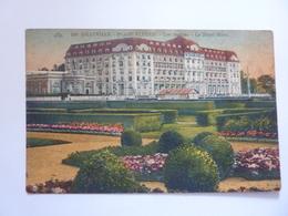 """Cartolina """"DEAUVILLE Plage Fleurie - Les Jardins - Le Royal Hotel"""" 1930 - Deauville"""