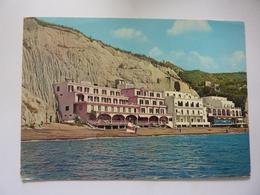 "Cartolina ""HOTEL VITTORIO - S.Angelo D'Ischia"" - Italia"