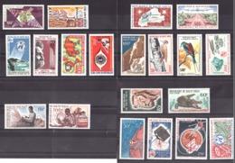 Haute-Volta - Lot De Timbres Pour La Poste Aérienne - Neufs ** - Années 1960 - Cote + 95 - Obervolta (1958-1984)