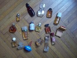 Lot De 17 Mignonnettes De Parfums De Grandes Marques - Miniatures De Parfum