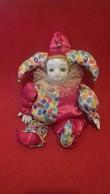 Clown De Cirque En Porcelaine (téte Et Mains) - Other Collections