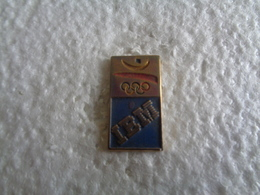 PIN'S 31850 - Badges