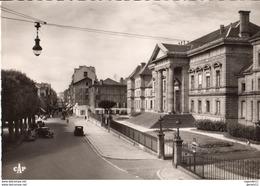 15 - AURILLAC - PLACE DU PALAIS DE JUSTICE - AVENUE DE LA REPUBLIQUE - Aurillac