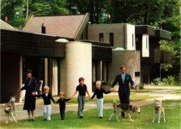 CPM La Famille Royale DUTCH ROYALTY (820841) - Familles Royales