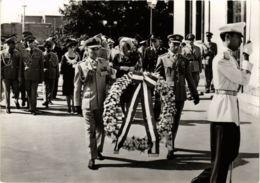 CPM HM De Koningin En ZKH Prins Bernhard DUTCH ROYALTY (820898) - Familles Royales