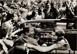 CPM HKH Prinses Beatrix En Prins Claus DUTCH ROYALTY (820937) - Familles Royales