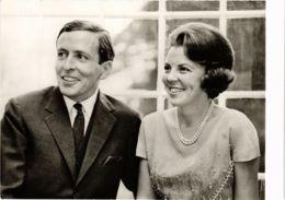 CPM HKH Prinses Beatrix En ZKH Prins Claus DUTCH ROYALTY (820949) - Familles Royales