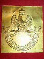 Plaque Avec Aigle Et Cor Napoléon - Militaria