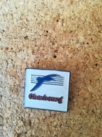 Pin's CHERBOURG  / P58 - Badges
